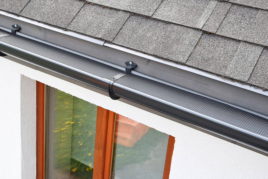 Benefits of Seamless Gutter Installation